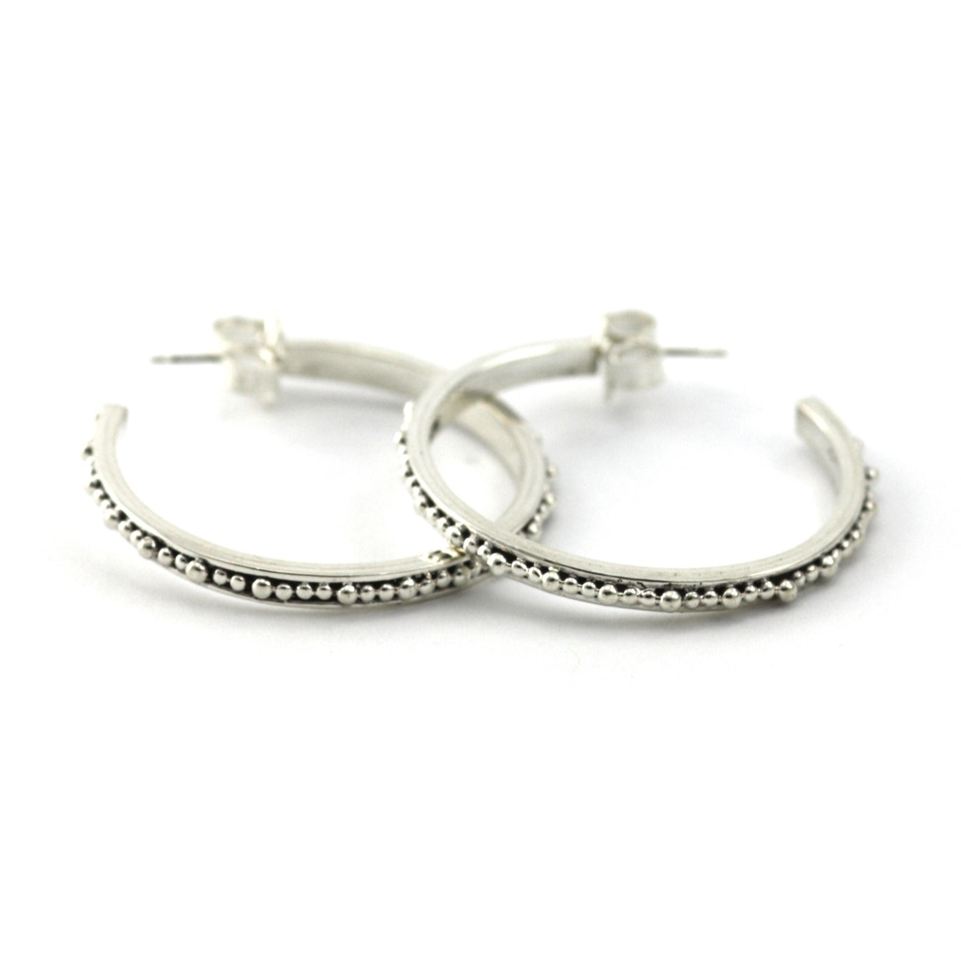 ID E300M THIN BEADED HOOP EARRINGS