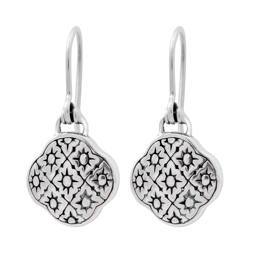JD E59204B FILIGREE CLOVER EARRINGS