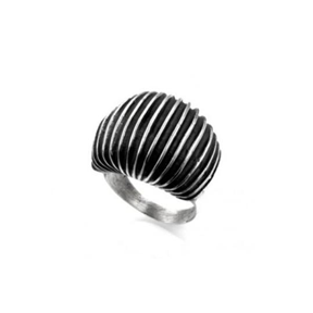 MM M8-133 OXIDIZED LINES RING