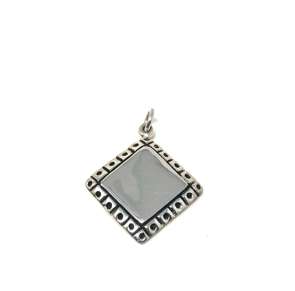 SQUARE DOTTED BORDER PENDANT