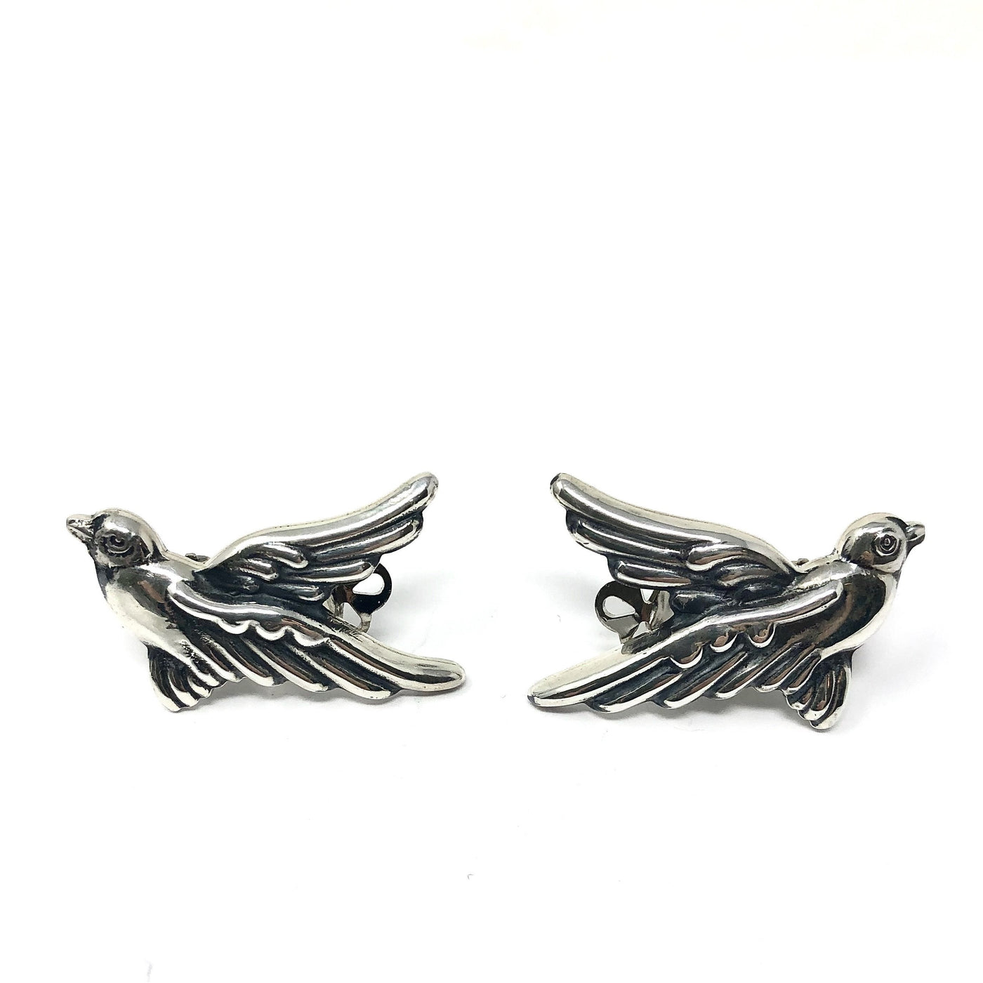 NY 12 DOVE CLIP EARRINGS