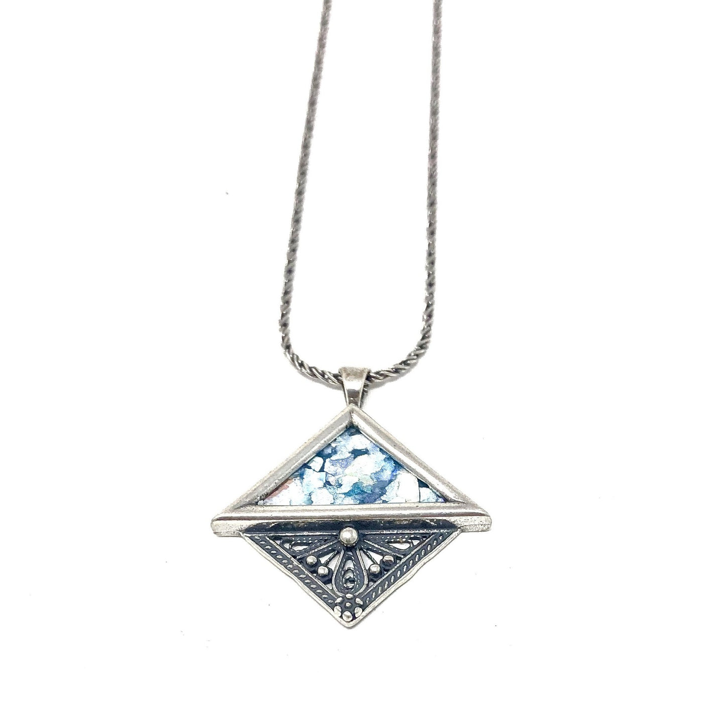 DSB P621 ROMAN GLASS HALF SQUARE NECKLACE