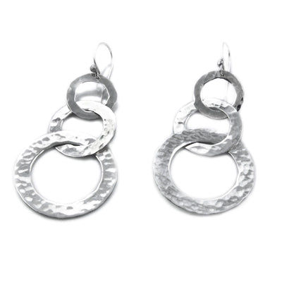 MM M1-253 5 THREE-TIERED HAMMERED OPEN CIRCLE EARRINGS