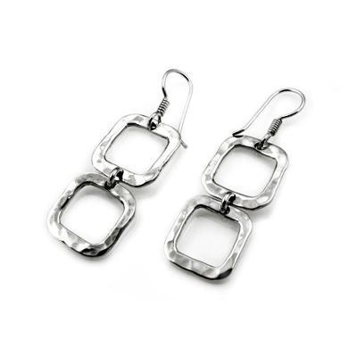 MM M1-305 7 TWO-TIERED HAMMERED SQUARE EARRINGS