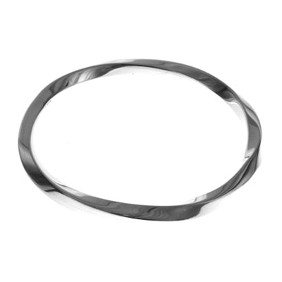 MM M5-45 24 SQUARED TWISTED BANGLE