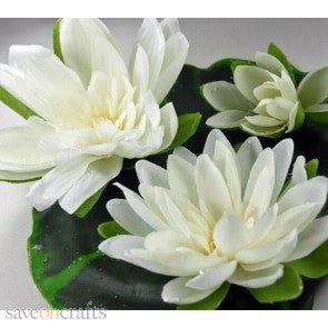 Imitation/Artificial Waterlily Pad with 3 Waterlilies (Creamy White) measures 9 inches across