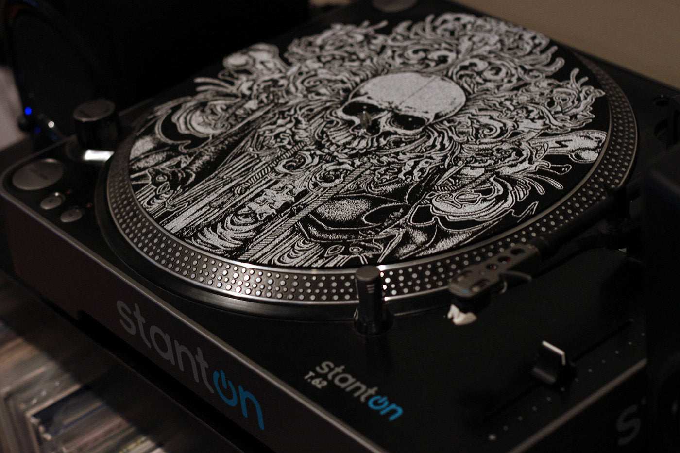 goth metal death skull bat vinyl turntable slipmat