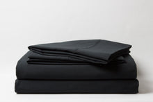 1800 Series Black Sheet Set
