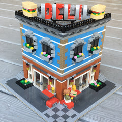 Corner Deli and Apartment in the LEGO Creator Expert Modular Standard