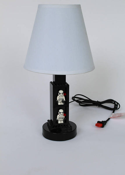 Kids Bedroom Lamp With Display Area for Star Wars Minifigures - Accent Light