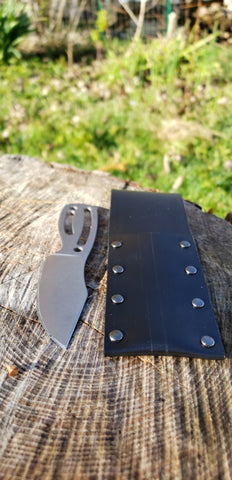 The Grimalkin - Ultra Portable Bushcraft Knife