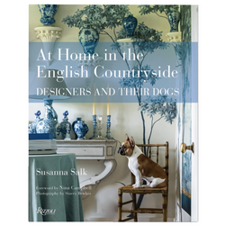 At Home in the English Countryside - Designers and Their Dogs