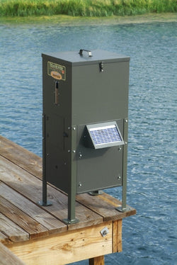 70 lb Fish Feeder with Straight Legs