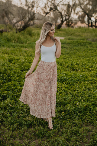 The Sansa Lace Sleeve Maxi in Natural (Sizes S-2X)