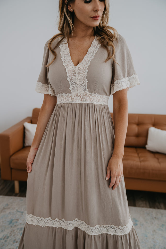 The Serifima Lace Trim Maxi in Natural, maxi dress, tiered dress, Baby Bump Friendly, lined, short puffed sleeves, fashion, Wren & Ivory, Wren and Ivory, all season dress, lace insets, lace trim dress