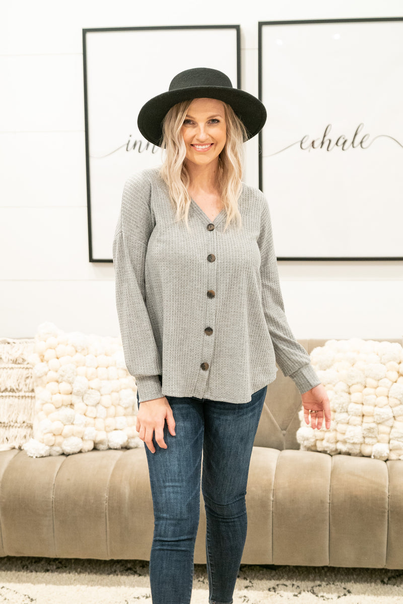 The Errol Waffle Knit Top in Heather Gray