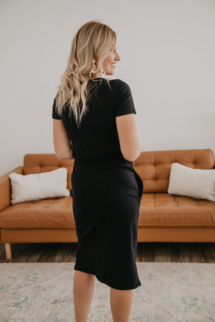 The Berill Drawstring Midi in Black, Made in the USA, cinch waist, contrast tie, tie waist, comfortable, round neckline, side slits, drawstring waist, pockets, cover-up, modest, dress, casual dress, short sleeves