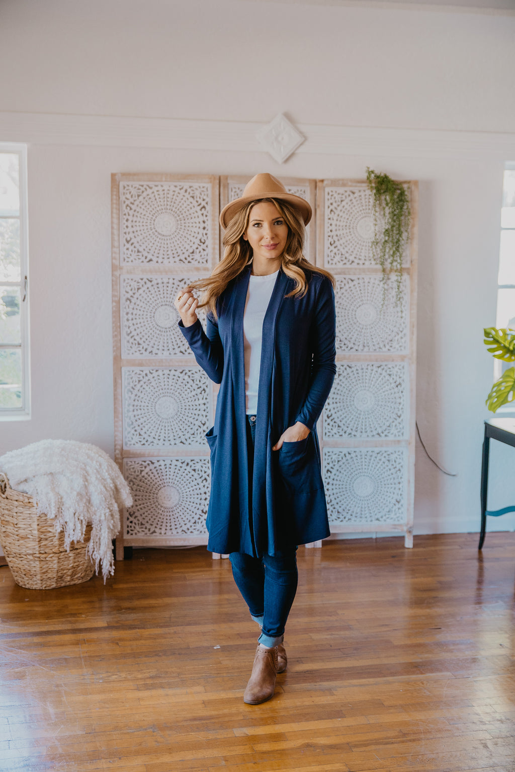 WI Basics: The Kira Cardigan in Navy (Sizes S-3X)