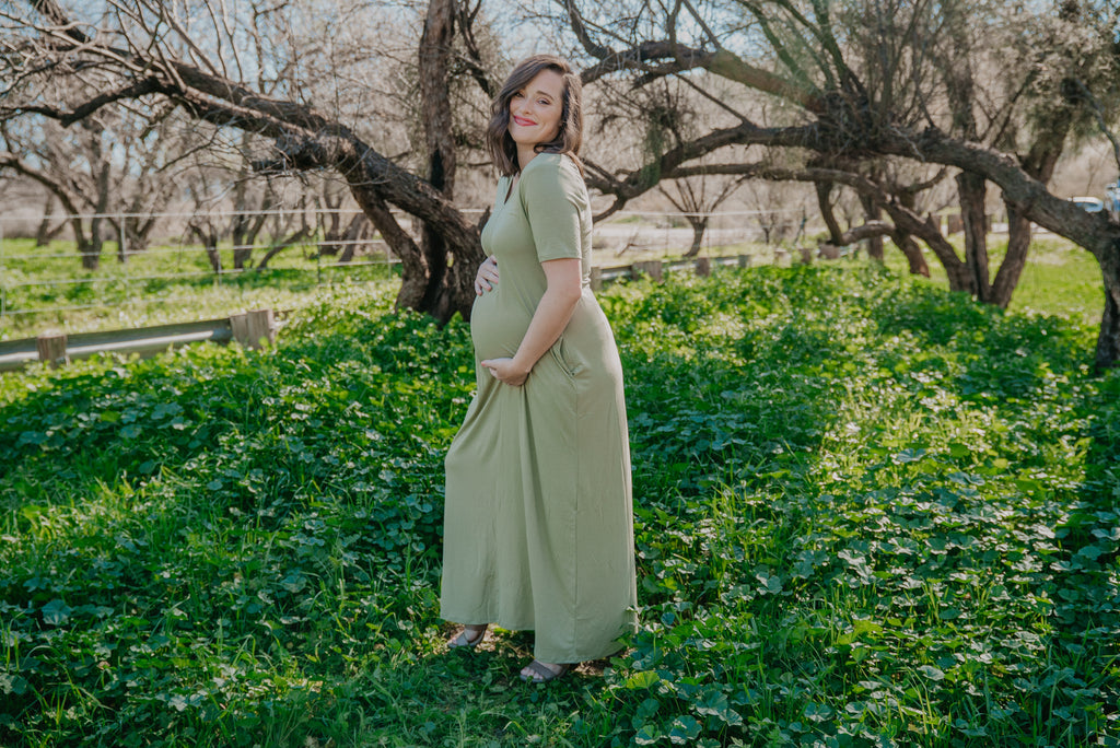 WI Basics: The Luan Short Sleeve Maxi in Sage (Sizes S-3X)
