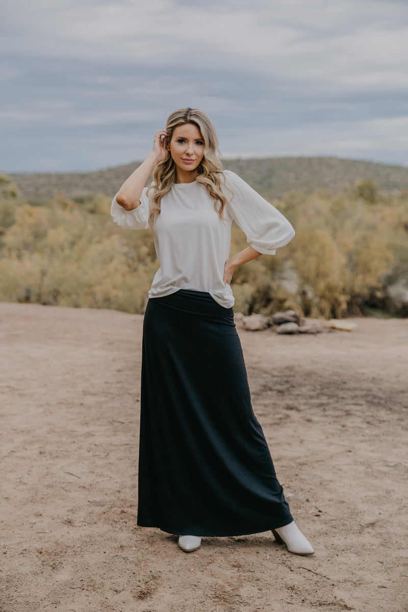 WI Basics: The Zola Solid Maxi Skirt in Black (Sizes S-3X)