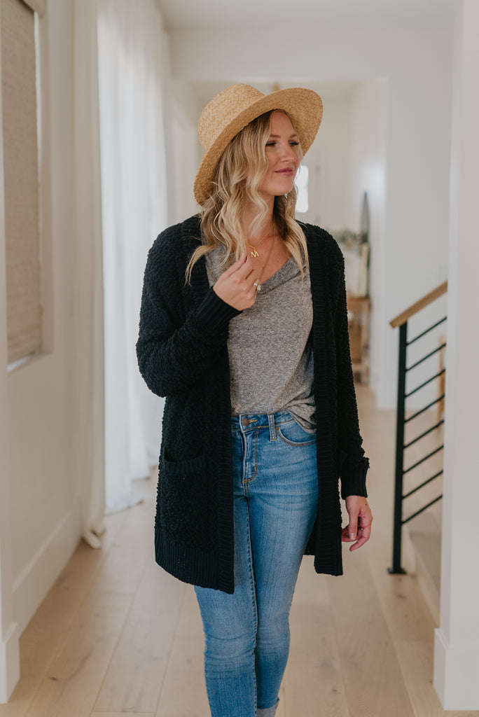 WI Basics: The Tori Cardigan in Black, long sleeves, popcorn knit, women fashion, Wren & Ivory, Wren and Ivory, fashion top, layer cardigan, relaxed cut, winter top, Baby Bump Friendly, fall top, black solid top, pockets, plus sizes