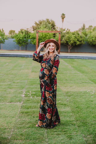 The Oaklynn Floral Maxi in Midnight Blue