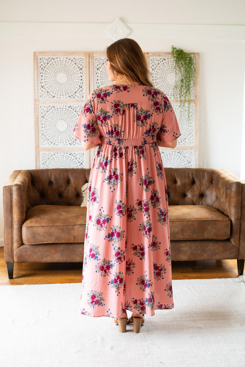 The Hamptons Floral Maxi in Mauve (Sizes S-3X)
