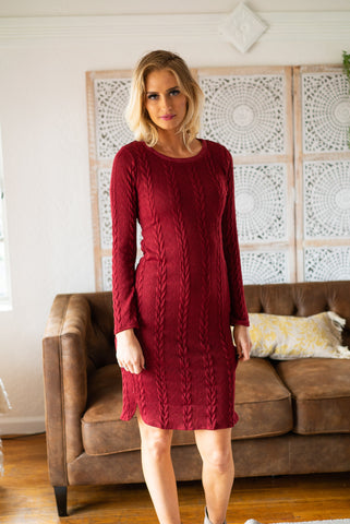 The Aberdeen Floral Dress in Burgundy (Sizes S-XL)
