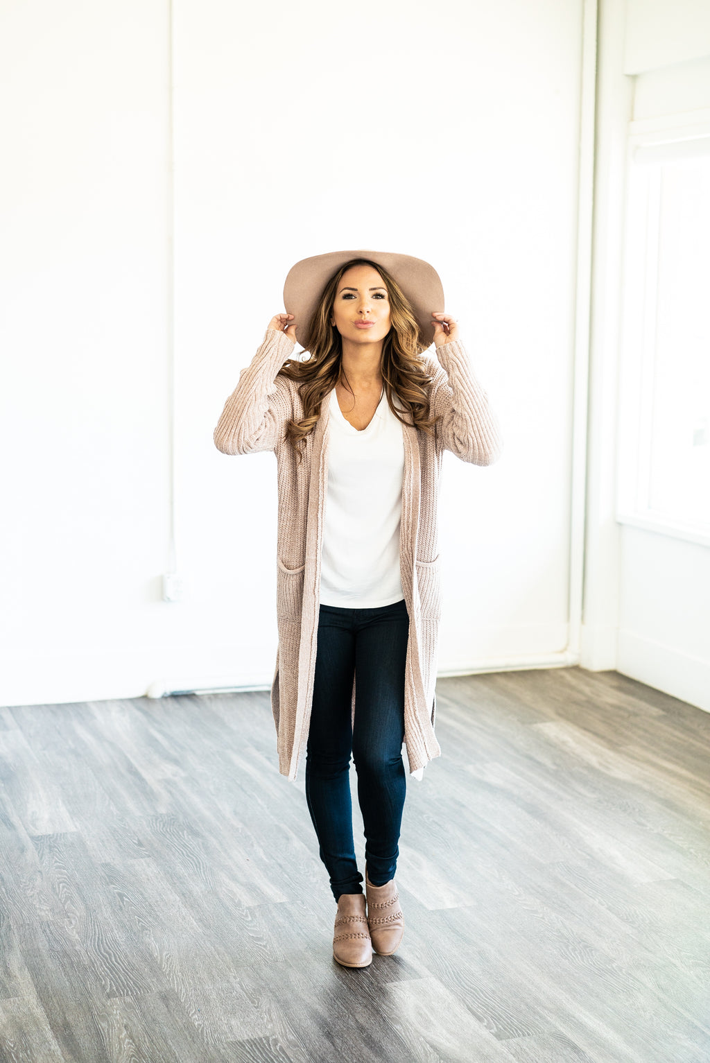 The Cleo Chenille Cardigan in Oatmeal