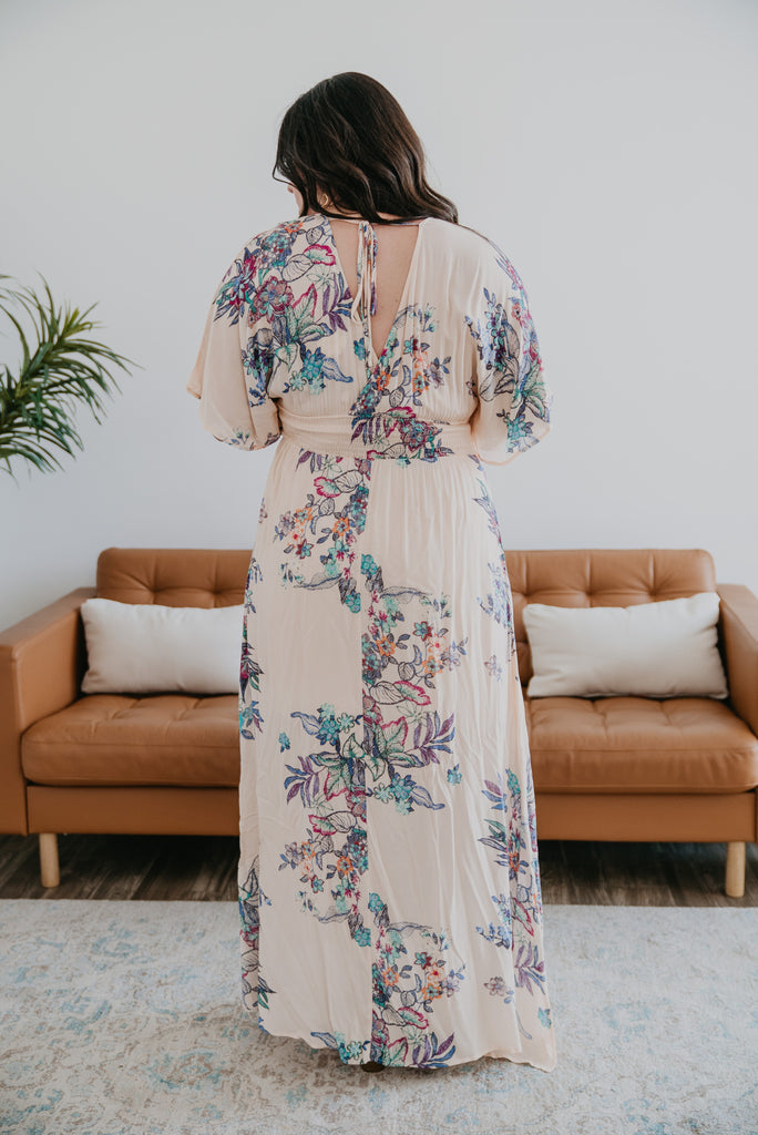 The Malakai Floral Print Maxi in Soft Apricot (Sizes S-3X)