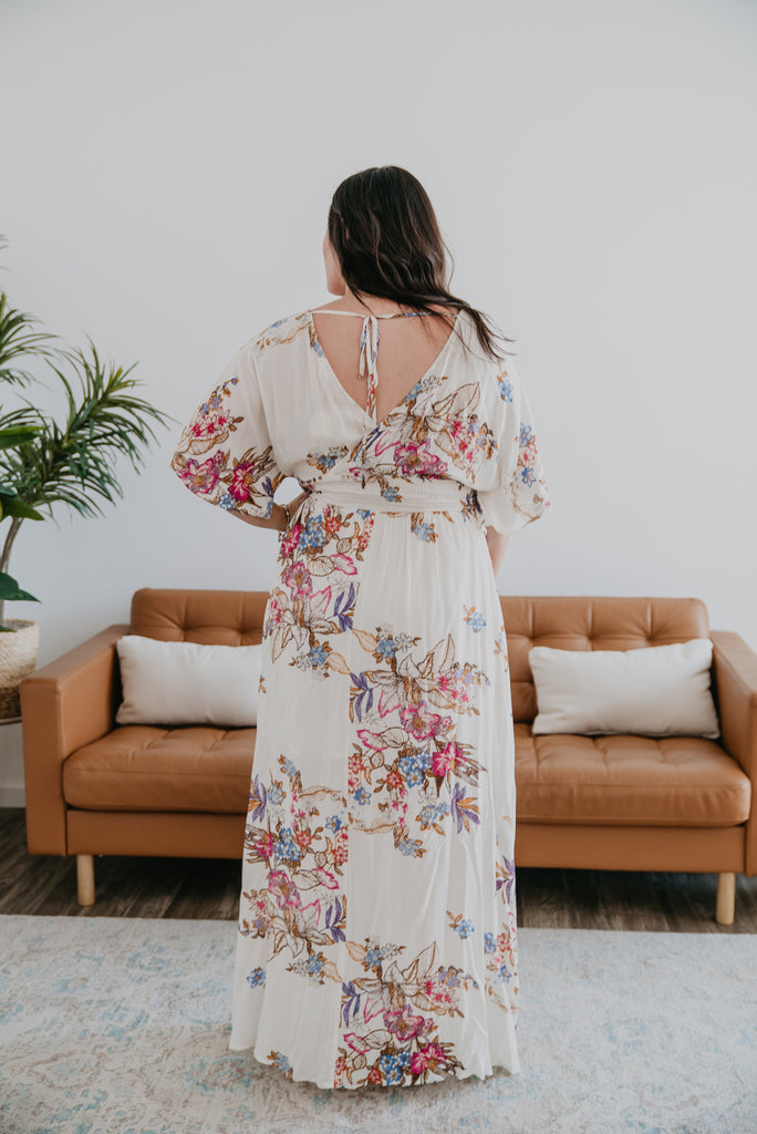 The Malakai Floral Print Maxi in Ivory (Sizes S-3X)