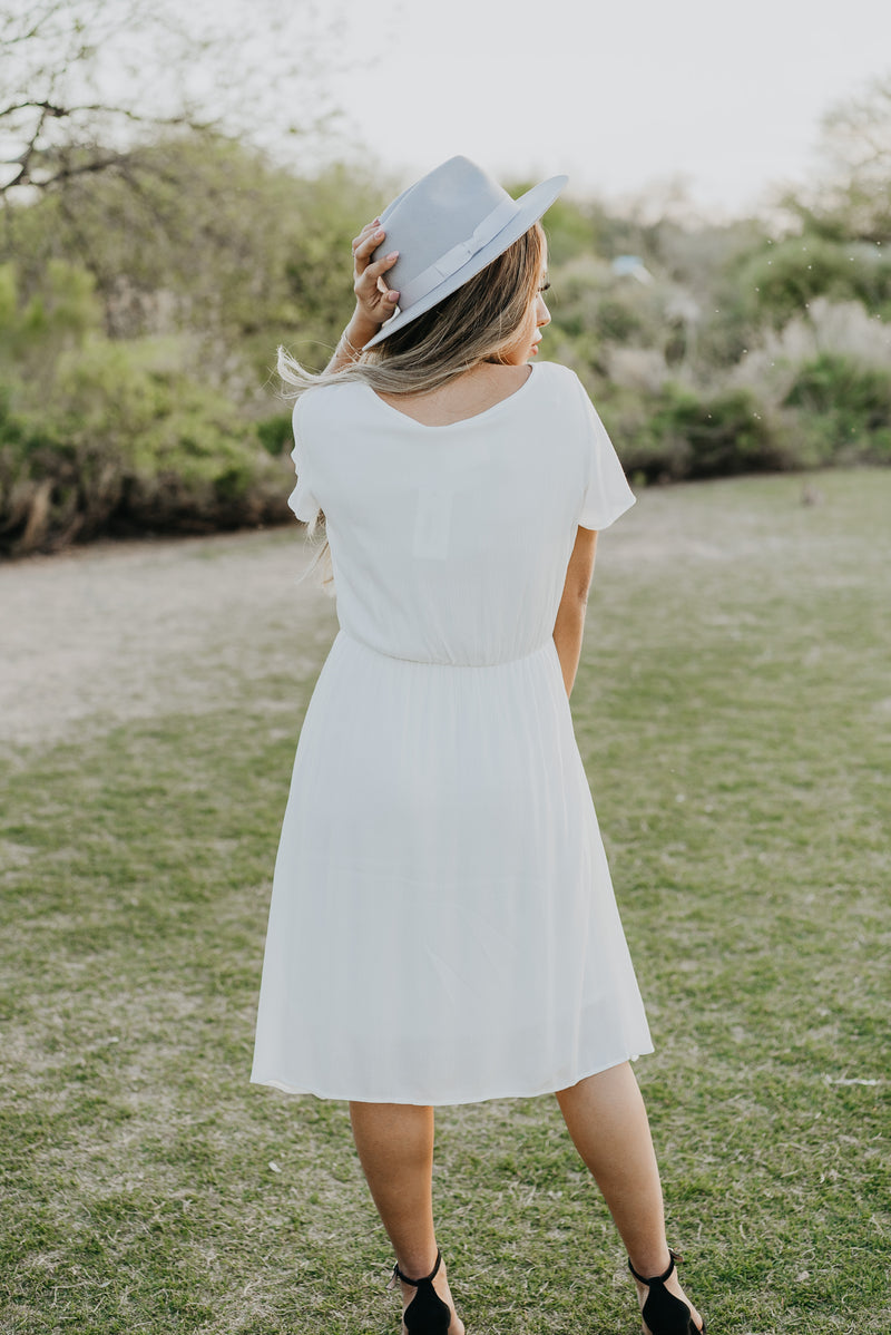 The Carolina Solid Midi in Ivory