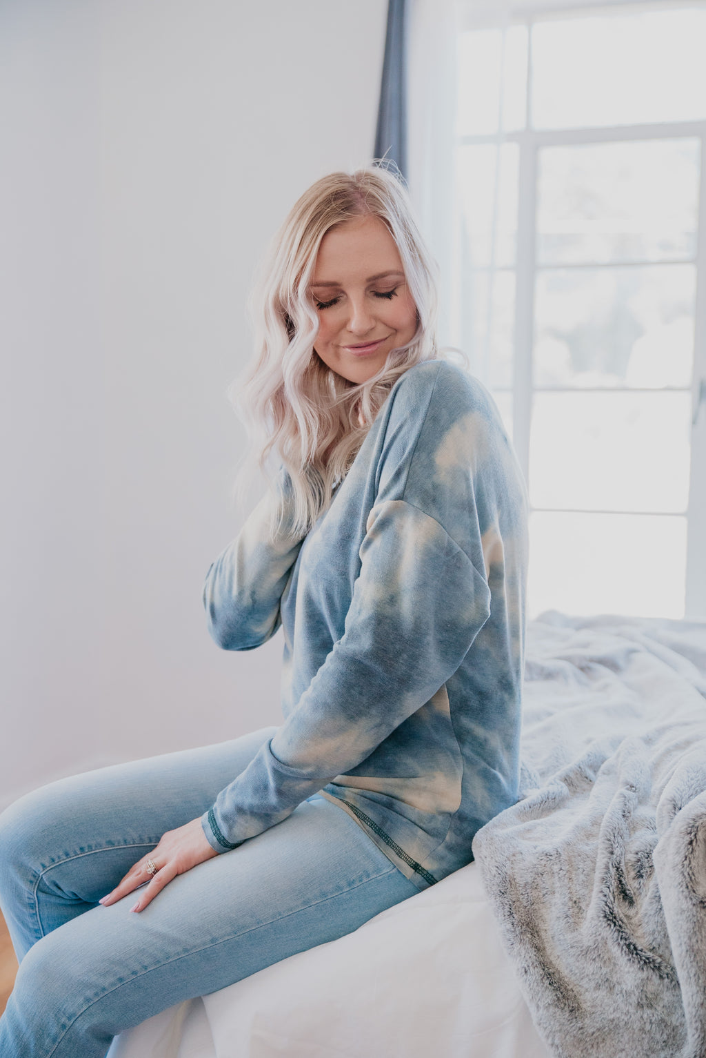 The Dane Tie-Dye Knit Pullover in Dusty Blue
