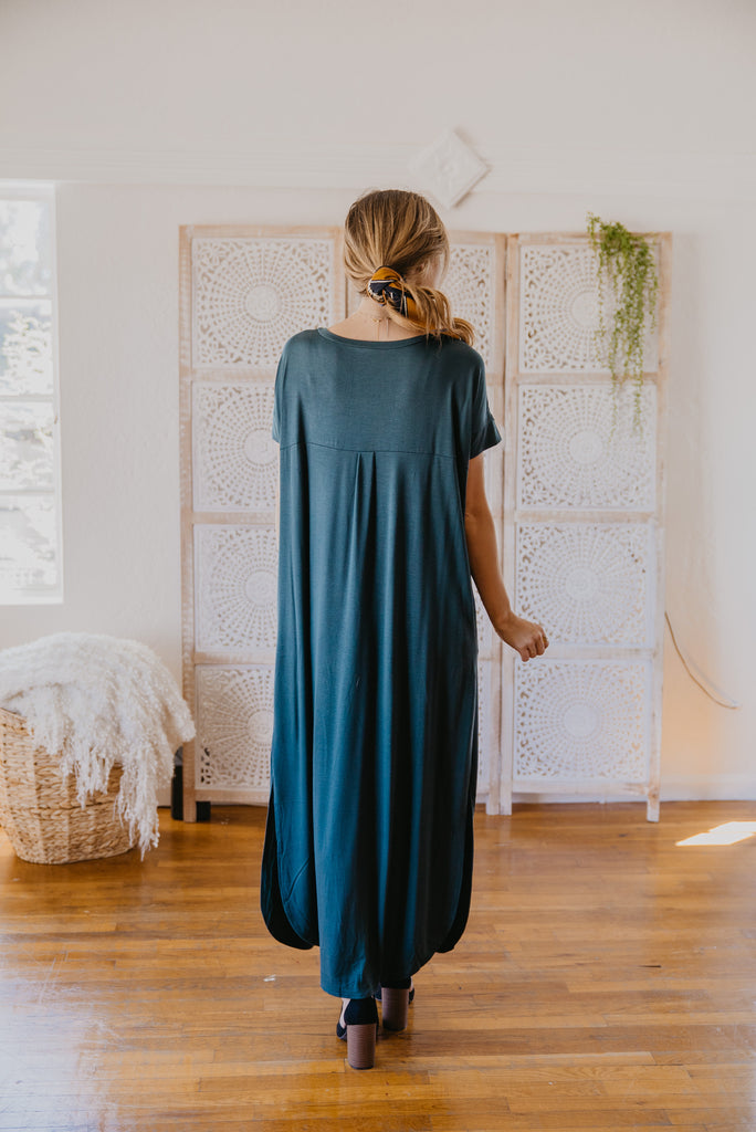WI Basics: The Tess Solid Maxi in Hunter Green (Sizes S-3X)