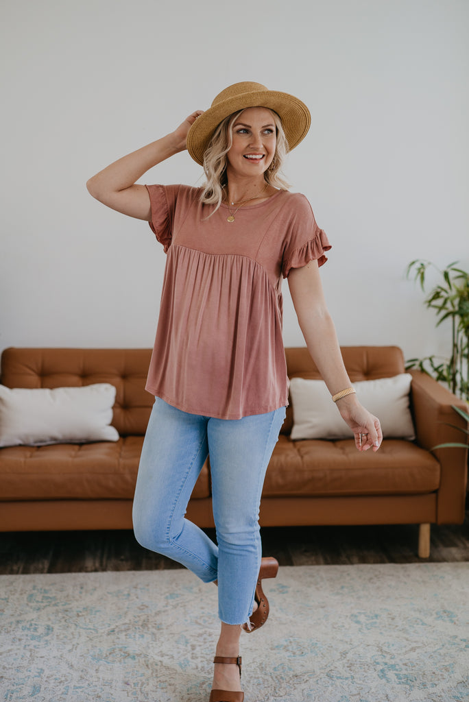 The Pelli Babydoll Top in Mauve , short sleeve ruffle trim, women fashion, Wren & Ivory, Wren and Ivory, fashion top, dusty mauve top, round neck, babydoll top, loose cut, soft top, short sleeve top, Baby Bump Friendly