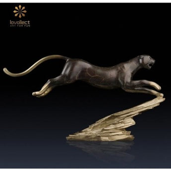 Lovollect Speeding Cheetah Figurine