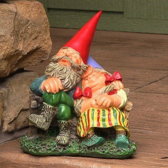 "Al and Anita on Bench Gnome Statue, 8"" Tall by Sunnydaze Decor"