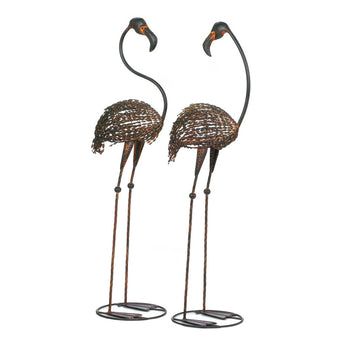 WILD FLAMINGO GARDEN ART DUO