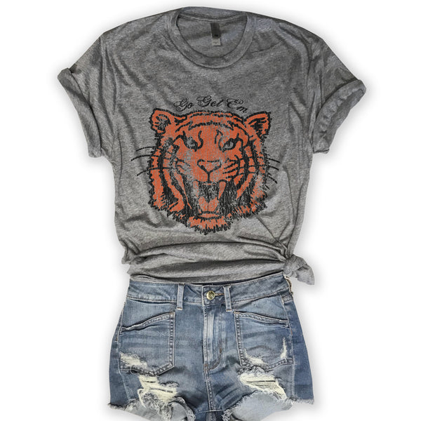 tiger, retro t shirt,  graphic tee, graphic t shirt, vintage tee, vintage t shirt, funny shirt, funny t shirts, screen print, womens retro tee