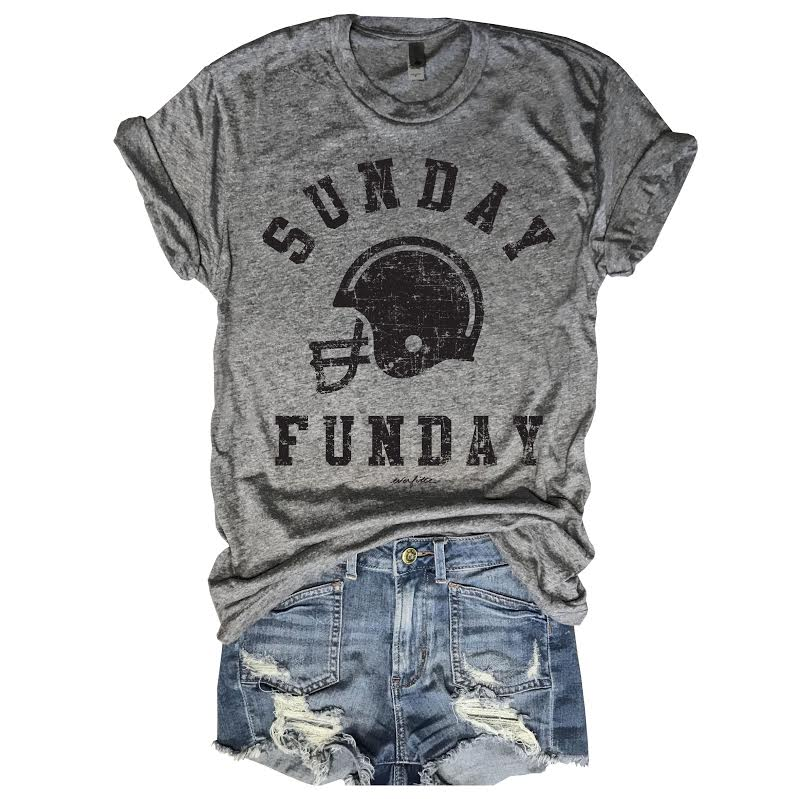 Sunday Funday, Everfitte, Football tee, Cute girl football tee, Football Mom, Friday Night Lights, Game Day tee, Muscle tank, new England Patriots, LA Raiders,  graphic tee, Personal trainer tank top, Funny shirt, Kylie Jenner,