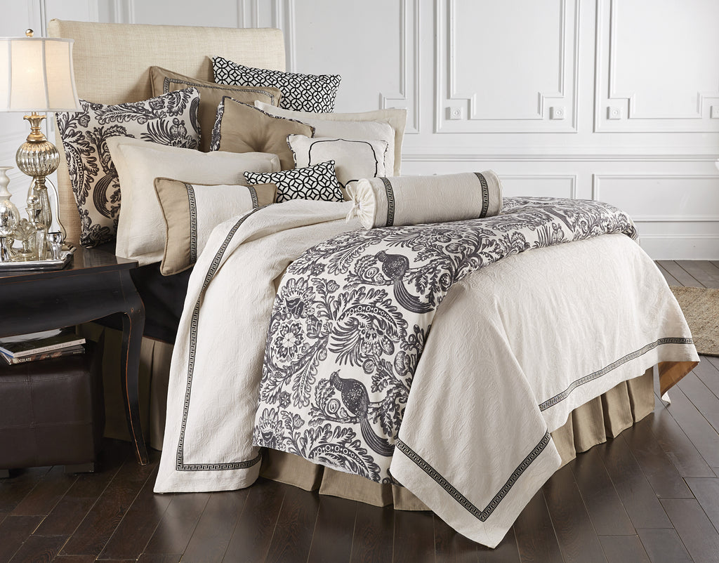 Augusta 4 PC Coverlet Set (Queen)