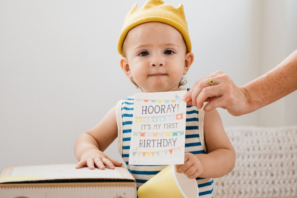 5 Adorable Photoshoot Ideas for Your Baby's First Year