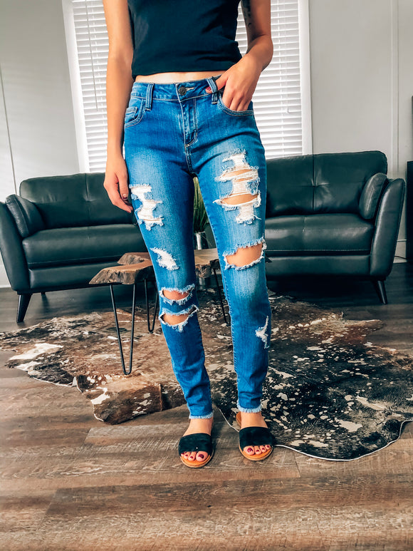 Wynono Distressed Denim