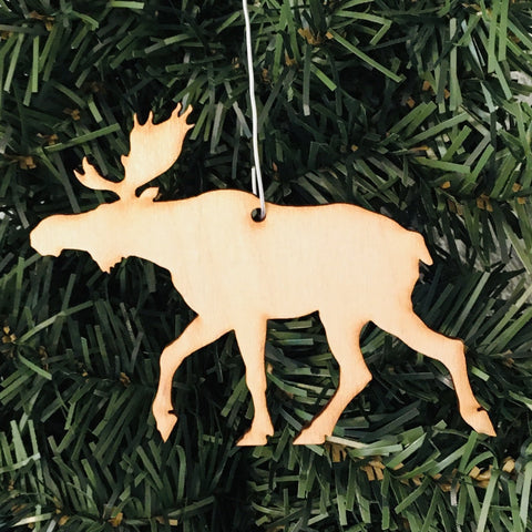 Baltic birch ornament - Moose