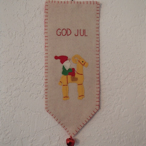 God Jul Wall Hanging  Tomte on Goat