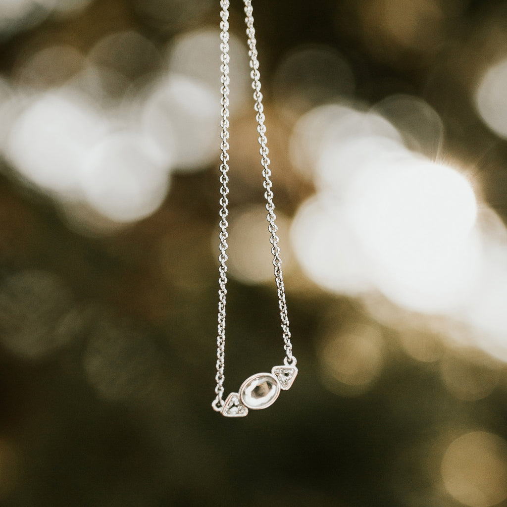 be in the now choker close-up dangling charm