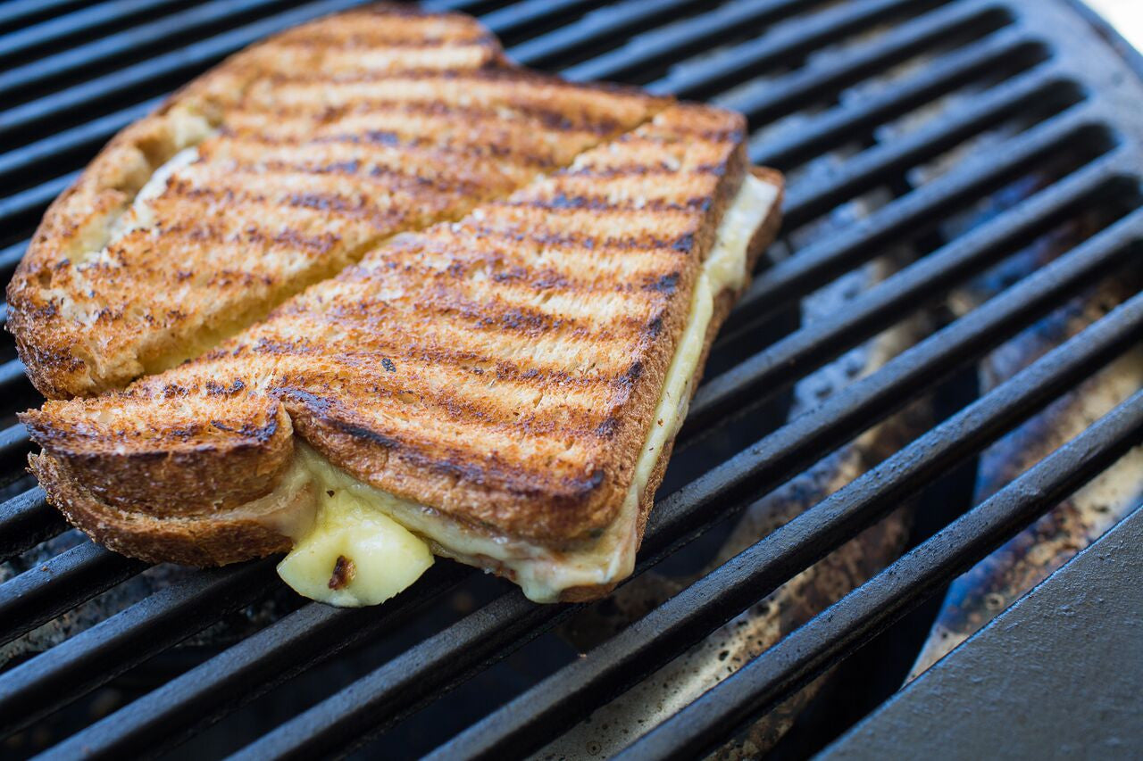 Simple & Tasty Grilled Cheese