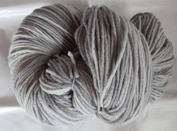 Targhee Wool - BULKY Weight - Silver 2032