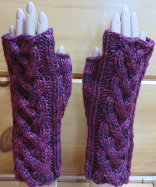Pattern  2003 - Fingerless Mittens w Cables vs 3