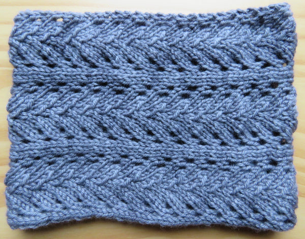 Pattern  501 - Lace Cowl or Ear Warmer - Worsted